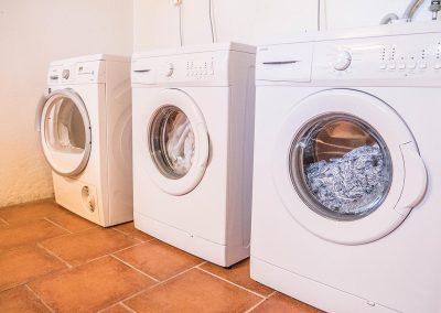 Tvättmaskiner. Vandrarhem Skövde - Tibro i Skaraborg.